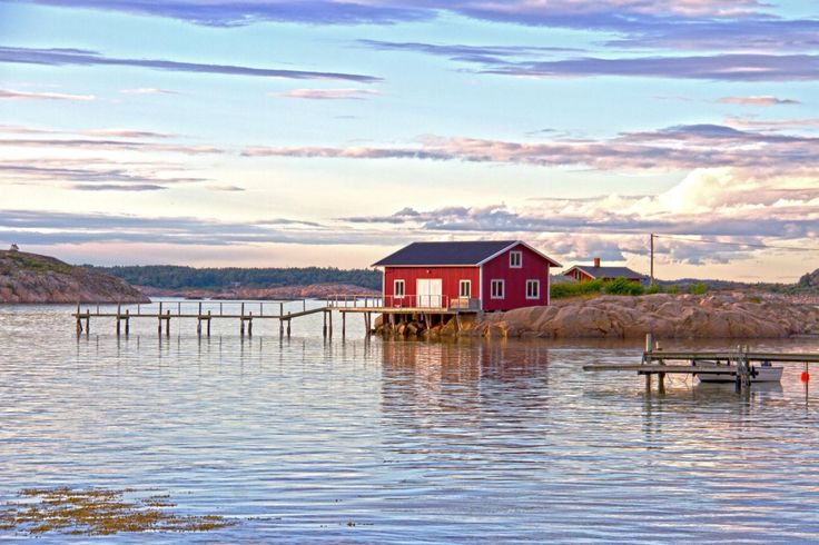 Resö, Bohuslän, Sweden #resö #reso #sweden #bohuslän #bohus #hamn #itsabeautifulworld
