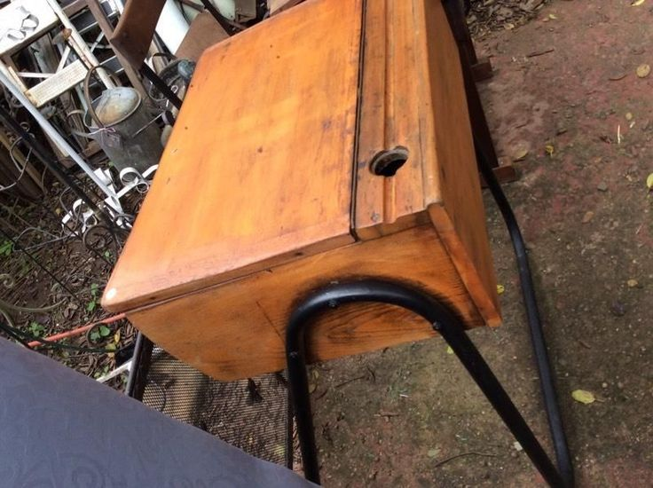 BEST deals on perfect  VINTAGE DESKS MUST HAVES! ONE STOP TEN HOUR BROWSE FOR all your furniture needs. 9 - 4 every day, Mondays closed. HEY JUDES BIGGEST FURNITURE BARN IN KZN, has two shops, 1 Fraser Road, Assagay and original 1830s Barnsituated on our sugar cane farm 20 mins from Hillcrest Hey JUDES, head on up the N3 towards PMB, take Camperdown Offramp and left at 3km Tjunction, then 4km to next sign and go right 4km. PMB side take exit 61 Eston Umbumbulu, it's just 5km to Hey JUDES ...
