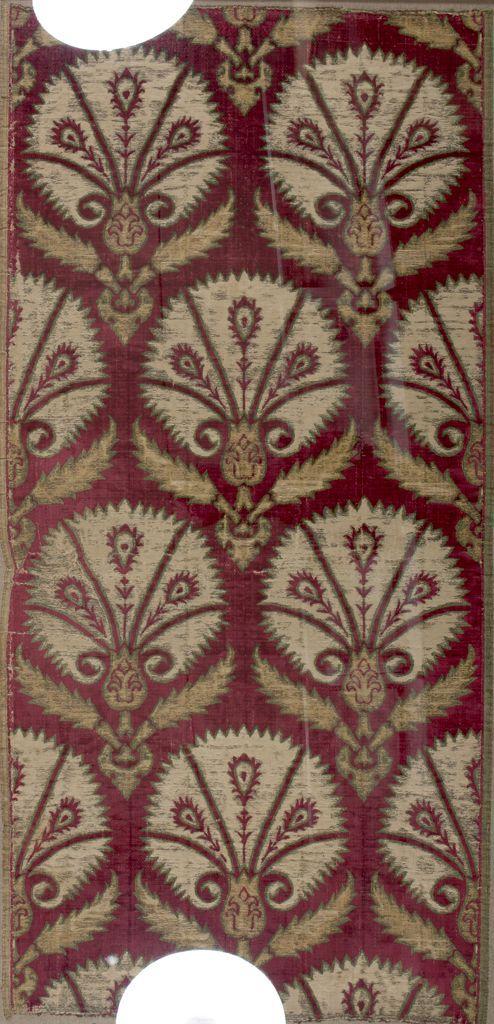Velvet with carnation pattern, c. 1550-1650 Textile Turkish , 16th-17th century Ottoman Empire, AH 680-1342 / AD 1281-1924 Creation Place: Turkey Red silk velvet 55 x 27.75 cm (21 5/8 x 10 15/16 in.)