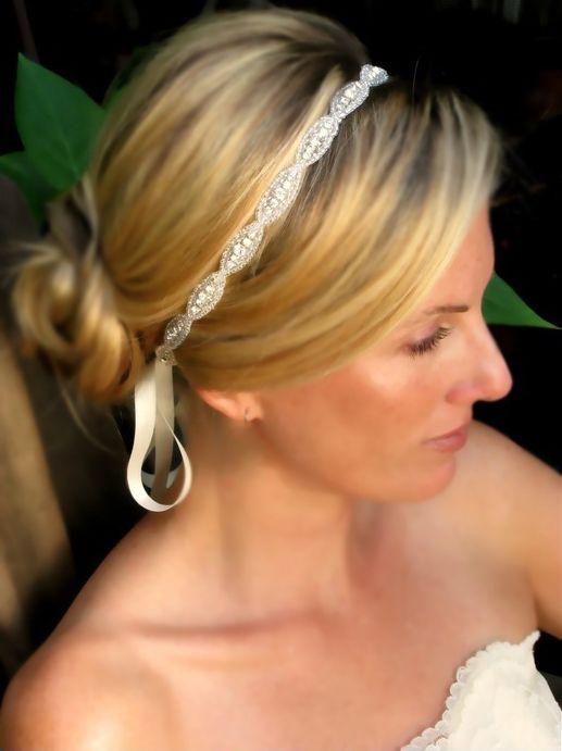 Свадебные повязки на голову (свадебный ободок) альтернатива диадеме или тиаре. Модный свадебный тренд 2015 года!
