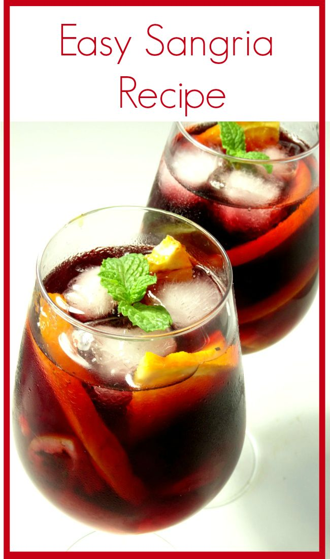 Easy #Sangria #Recipe - a deliciously fruity and easy red wine sangria recipe that's quick to make. Perfect for drinking all-year-round and suitable for every occasion. Better yet - it doesn't use any weird ingredients. You probably have everything you need to make it right now! | www.pinkrecipebox.com