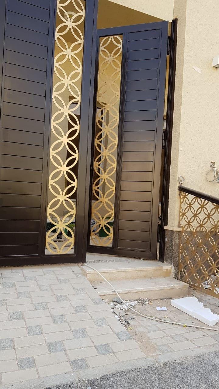 Pin By Sohail Baig On Creative Metals In 2021 Metal Doors Design Wrought Iron Garden Gates Modern Door