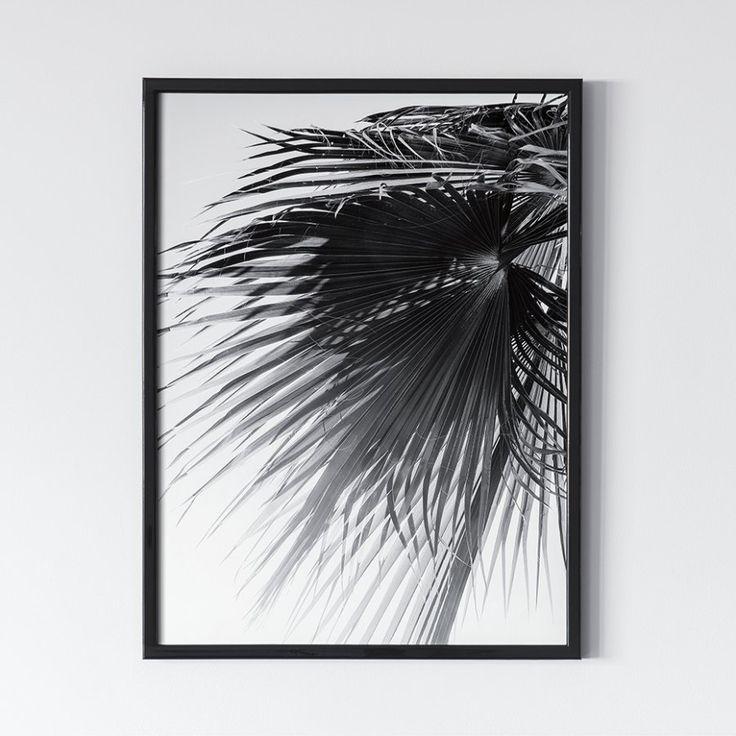 Пальмы. Черное 0.3