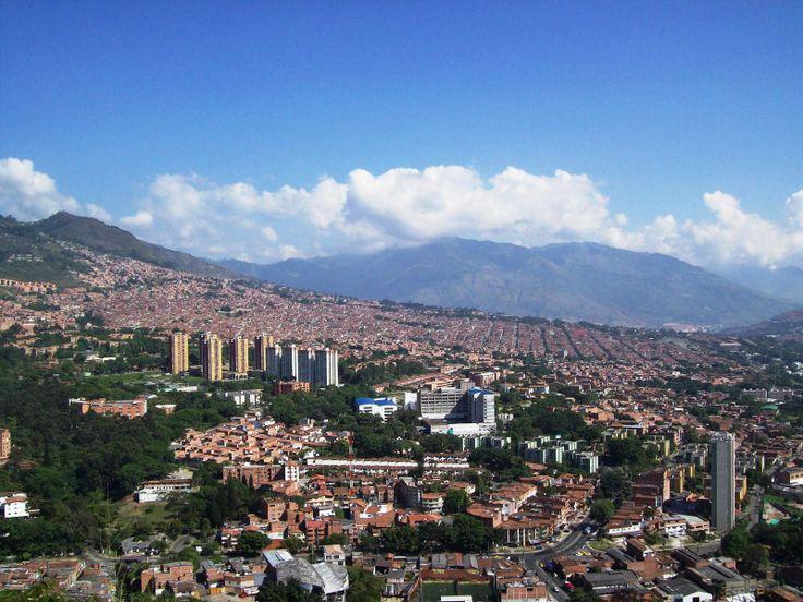 Medellin, Colombia. Puedes encontrar información para tu viaje aquí: http://www.viajeros.com/foros/colombia