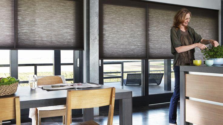 Disponible en @latorredecora y http://latorredecoracion.com/ Get inspired by Luxflex window decoration. Cortinas Duette® - 25 mm