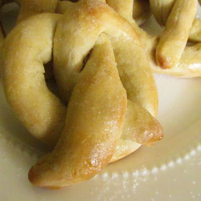 Vanilla Bean Girls - Recipe for homemade pretzels: Recipe Breads, Recipes Breads