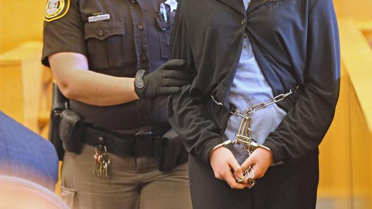 15-Jährige kommt wegen Slenderman-Mordversuch in geschlossene Anstalt