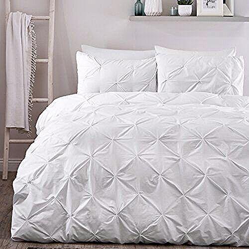 Alabama Pleated Duvet Cover Set Isabelline Colour White Size Super King In 2020 Duvet Cover Sets Super King Duvet Covers King Duvet Cover Sets