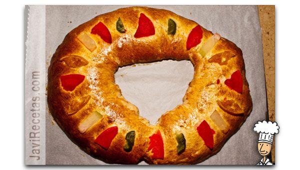 Roscón de Reyes de Javi recetas, rico, rico!!   http://www.javirecetas.com/roscon-de-reyes-receta/