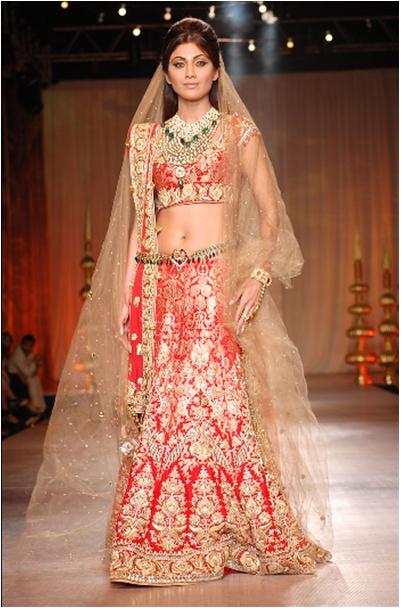 Asian Wedding Blog: Tarun Tahiliani