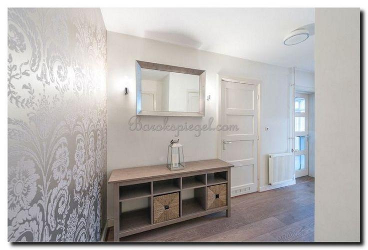 Heel mooi deze facet geslepen Spiegel in handgemaakte design lijst    Moderne spiegel Speranza heeft mooie heldere en strakke lijnen, is groot, strak stoer en modern.