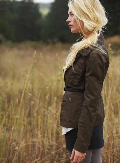 Autumn style: Fashion, Blonde, Fall, Autumn Style, Jackets, Side Ponytail, Hair Style, Beauty, Hair Color