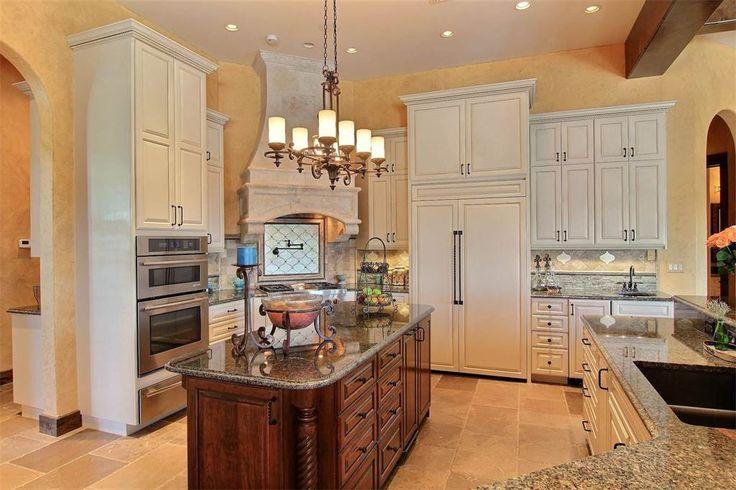 Breathtaking Estate in Corpus Christi | 13725 Three Fathoms Bank Dr | Corpus Christi, Texas 78418