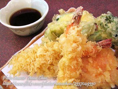 Shrimp Tempura http://www.panlasangpinoymeatrecipes.com/shrimp-tempura.htm #ShrimpTempura #VegetableTempura #JapaneseFood