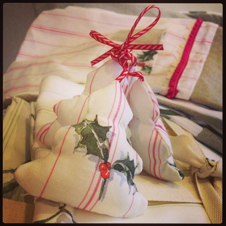Christmas decorations for #spiritofchristmas #nicolephillips
