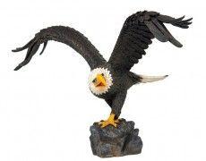 Great Eagle Statue