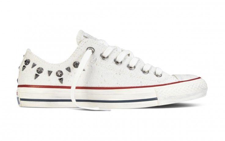 zapatillas converse blancas con tachuelas