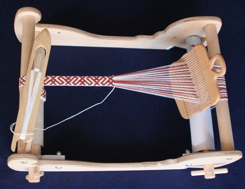 Box loom weaving / Sami weaving
