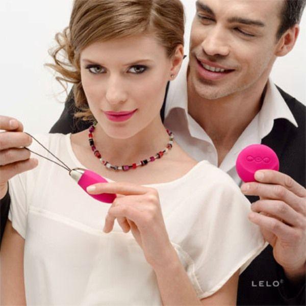 Jeden z najbardziej ekskluzywnych sklepów erotycznych JollyMolly prezentuje najciekawsze gadżety http://www.eksmagazyn.pl/kalendarz-imprez/ekstra-miejsca/seksowne-gadzety-do-sypialni/ #erotyka #sypialnia #wibrator #LELO #Lyla2