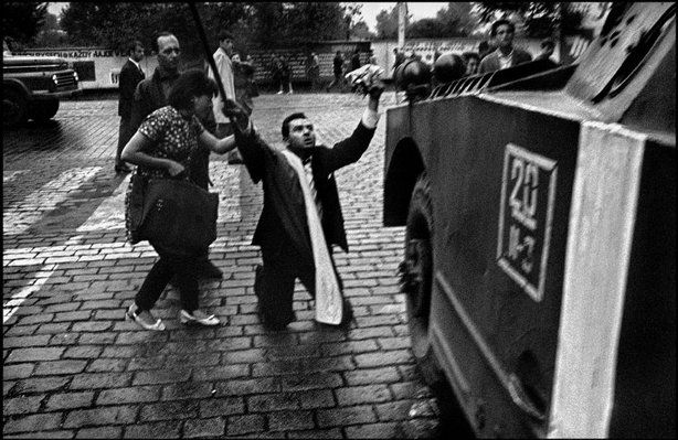 Josef Koudelka - Czechoslovakia 1968 - 8