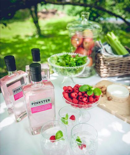 Pinkster is a premium gin made from Raspberries and up of five botanicals.