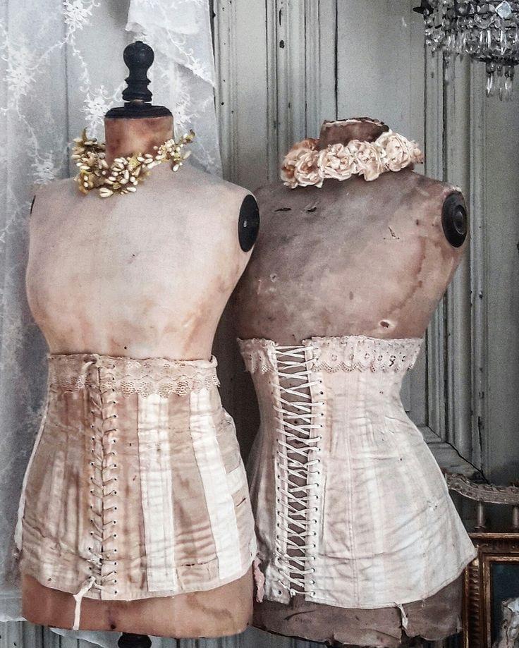 mannequins & corsets - brocante-charmante