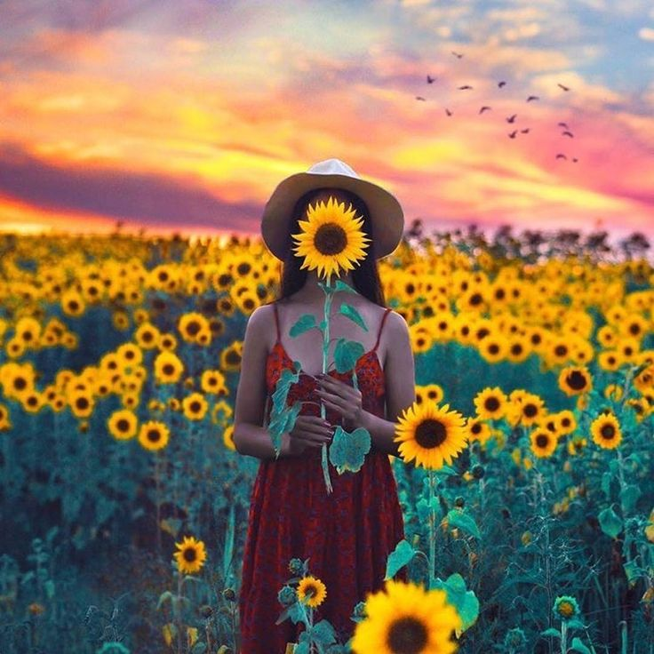 """A flower does not think of competing with the flower next to it... It just blooms""- Zen Shin  Repost of @escapingyouth looking magical in our Adrienne Dress! #naturallifehappy"