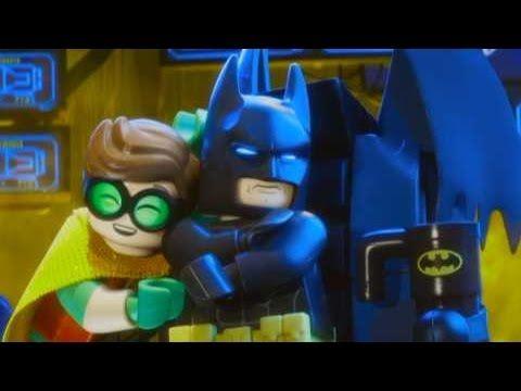レゴバットマンのリア充な裏側を紹介しちゃう?! /映画『レゴ バットマン ザ・ムービー』 インタビュー映像 - YouTube