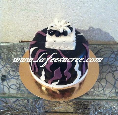 Cake birthday of man  Gâteau d'anniversaire pour monsieur