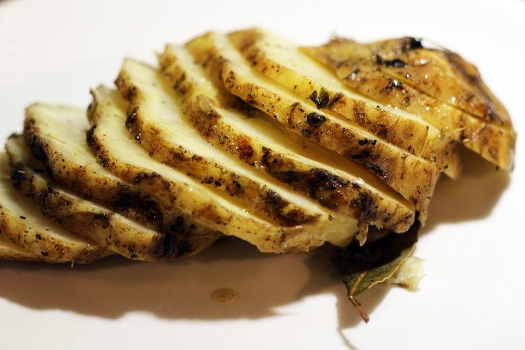 Uunissa paistettua selleriä, sienikastiketta ja ohrasuurimoita / Kipparin morsian