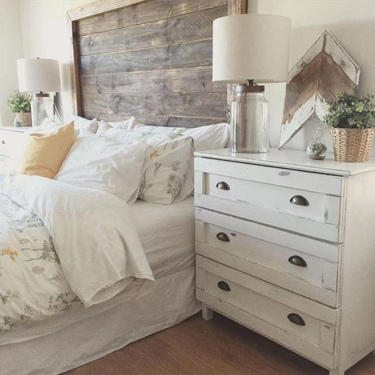 Nice 88 Rustic Decor Bedroom Farmhouse Style Ideas. More at http://88homedecor.com/2017/09/12/88-rustic-decor-bedroom-farmhouse-style-ideas/