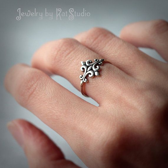 Hey, I found this really awesome Etsy listing at https://www.etsy.com/listing/201088739/fleur-de-lys-ring-lily-flower-stylized