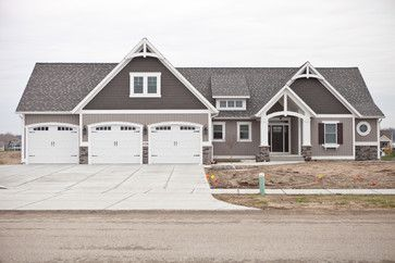 Fox Favorites - Craftsman - Exterior - grand rapids - by Fox Brothers Company