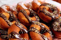 Morzsálós Mirza naplója: Donut: Amerikai fánk - tepsiben sütve