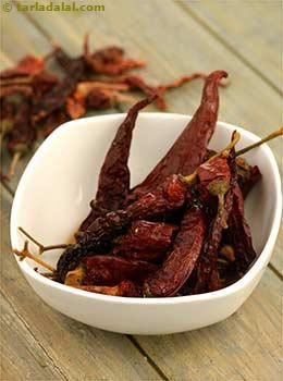 Whole Dry Kashmiri Red chillies