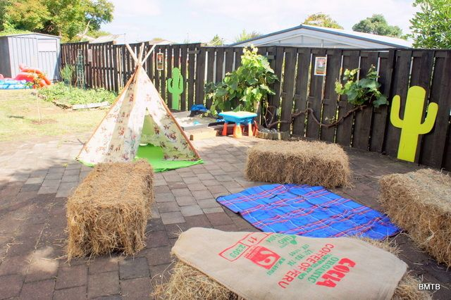 Outdoor seating at a Cowboy Party #cowboyparty #seating