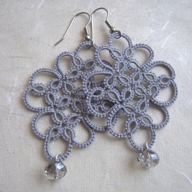 Gray cotton thread