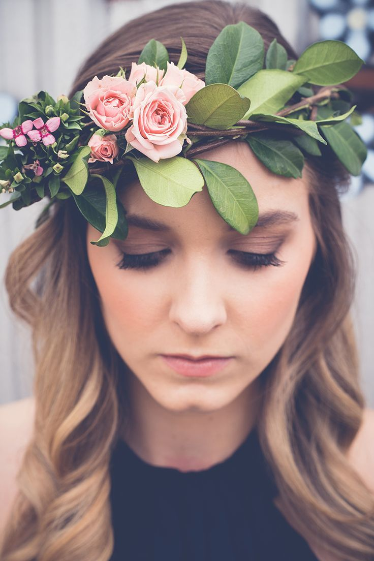 Relaxed wedding hairstyle with pink rose flower crown and natural makeup | Sarah's Photography | See more: http://theweddingplaybook.com/ultimate-guide-bridesmaid-hair-makeup/