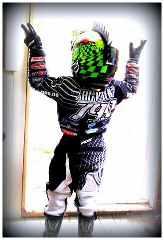 Emil 4yrs #799 #fox #motocross #norway Photo by (Instagram): @linda_ pinda_