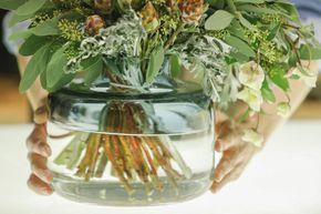 Sai come realizzare composizioni floreali con arbusti e fiori invernali?  - Gioia.it