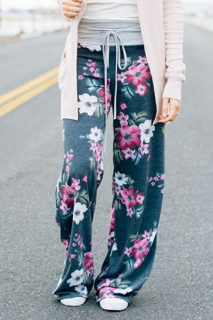 609e3417f0a16b Pansy Print Wide Leg Loungers   Charcoal wide-leg-lounge-pants-floral -print-pajamas