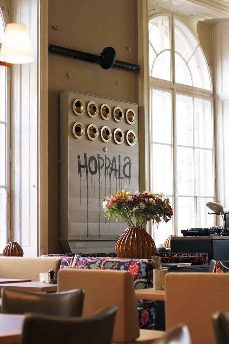 essen in wien: salonplafond | h.anna