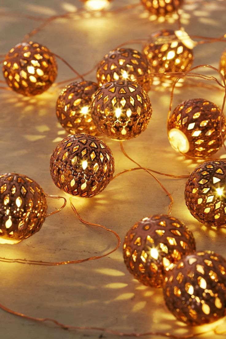 Party decoration ideas moroccan metal lantern - Moroccan Lantern Ball Set Of 40 Led String Light Ornaments