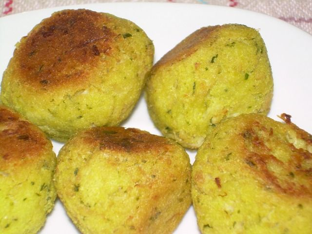 Polpette di cavolfiore e patate al prezzemolo