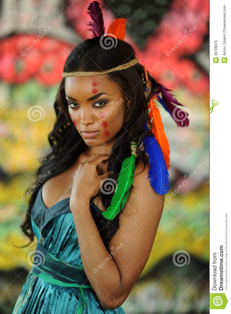 beautiful cherokee black indin goddess | Portrait of young beautiful Indian Cherokee woman with feathers in her ...