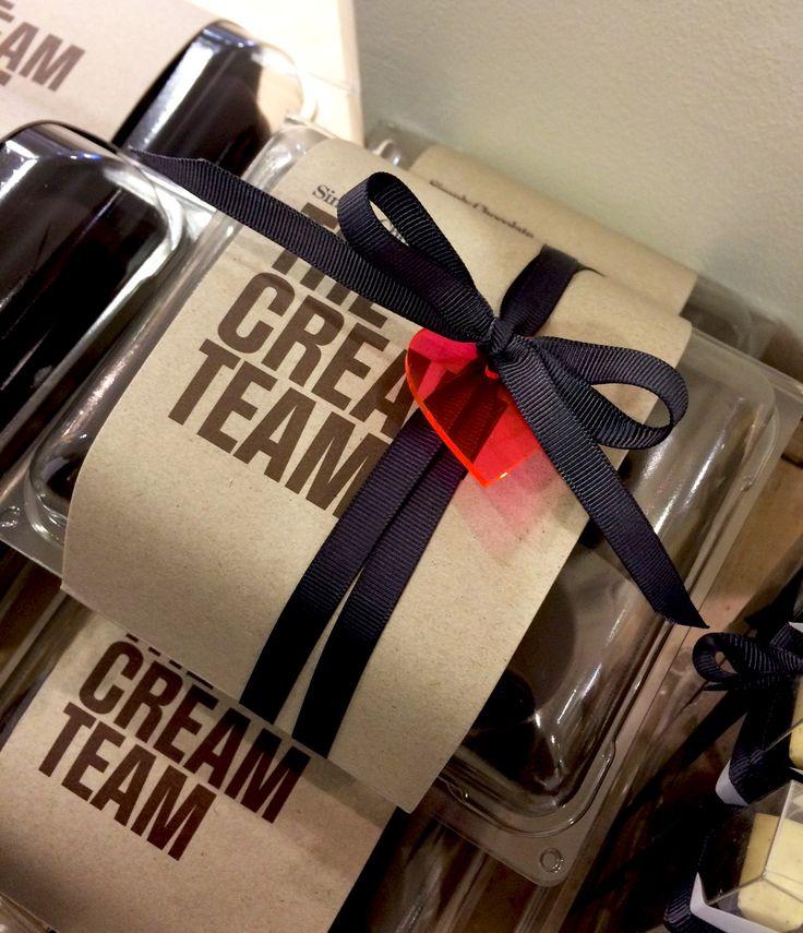 @simplychocolate #CreamTeam #CreamPuffs #FoamKisses #Packaging #Design #Copenhagen #Valentine