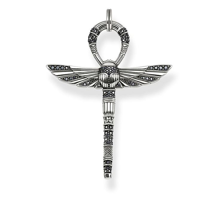 THOMAS SABO pendant from the Sterling Silver Collection. - Egyptian cross of life - Symbol of protection - Positive life energy The ankh sign as the symbol of eternal life unites with the scarab beetle to create an artful protective amulet that plays with light and dark accents. [Artikeltabelle]Category:pendant Material:925 sterling silver, blackened Stones:zirconia pavé black Clasp:eyelet Measurements:Size approx. 5,5 cm (2,15 Inch) Itemnumber:PE741-643-11[/Artikeltabelle]