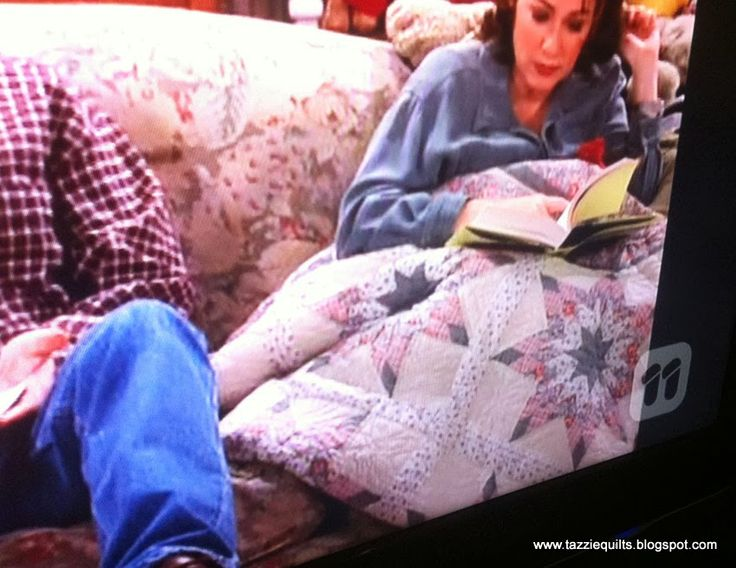 54 best images about movie quilts on pinterest - Everybody loves raymond bedroom set ...