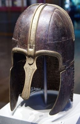 sutton hoo and beowulf essay By stephen o glosecki, university of alabama at birmingham: this paper  on  viking leader anglo-saxon warrior's grave discovered near sutton-hoo.