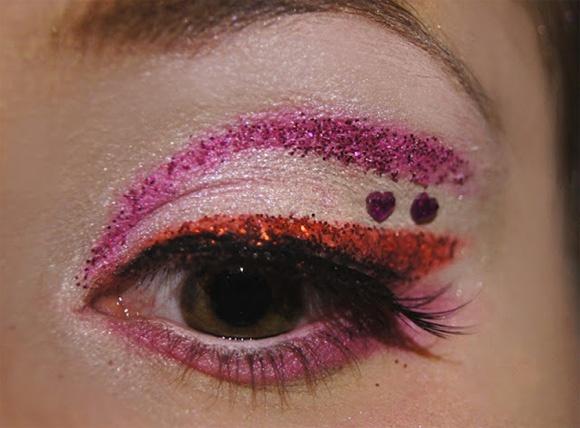 Sailor Chibi Moon inspired make up by http://schokoschiiirmchen.blogspot.co.at/2013/01/sailor-chibi-moon-amu.html